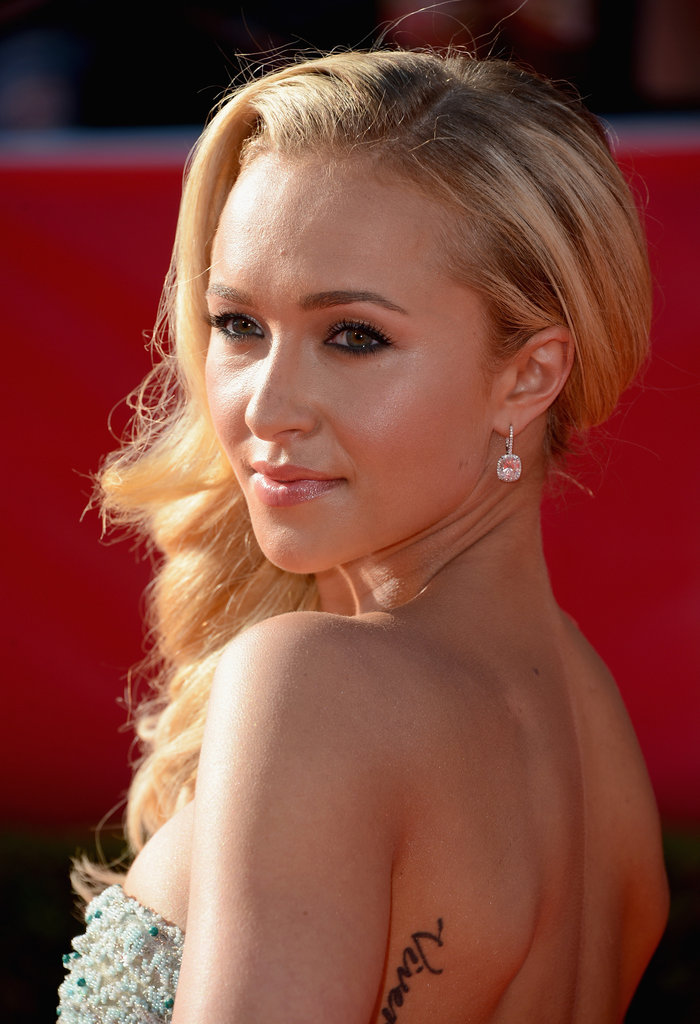 Hayden Panettiere took an over the shoulder photo.