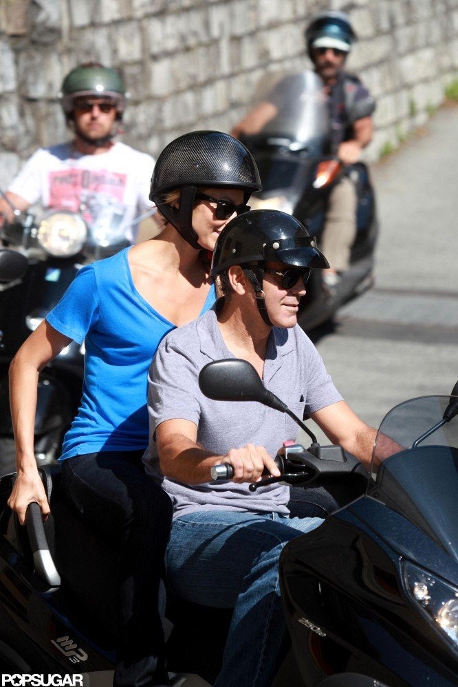 George Clooney and Stacy Keibler looked casual and comfortable in tee shirts and jeans.