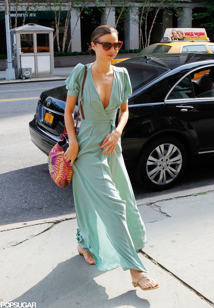 Miranda Kerr looked cute in sandals.