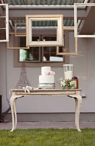 Wire Eiffel Tower Photo by Jaclyn Davis Photography via Green Wedding Shoes