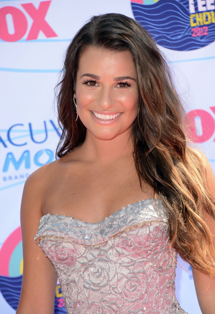 Lea Michele opted for a neutral makeup palette and beachy waves.