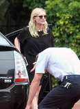 Kirsten Dunst picked up her car.