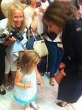 Victoria Beckham said hello to a little girl. Source: Twitter user CKennedyPR