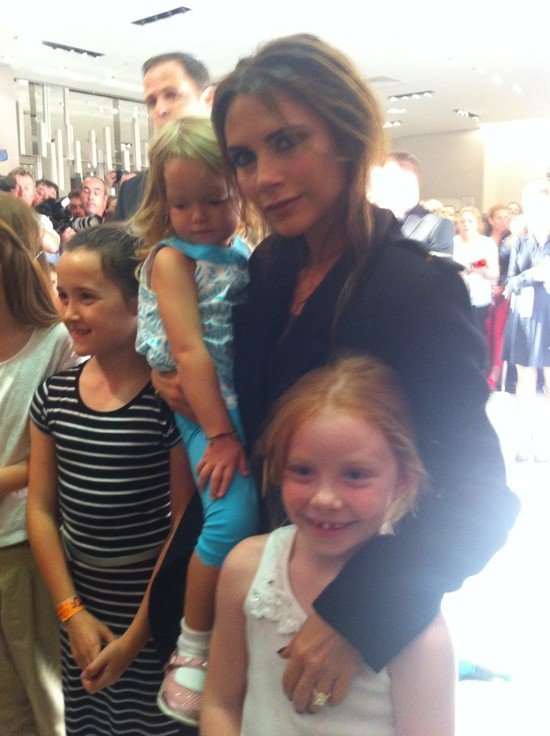 Victoria Beckham said hello to younger fans. Source: Twitter user CKennedyPR