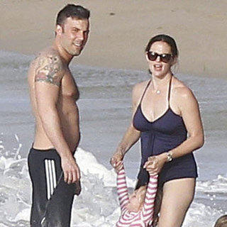 Jennifer Garner With Baby Samuel on the Beach | Pictures