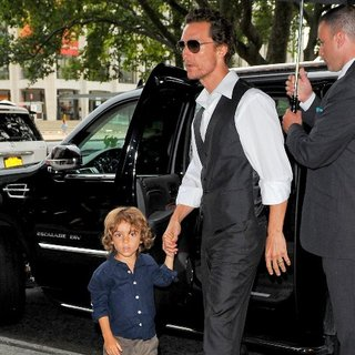 Matthew McConaughey and Levi McConaughey in NYC Pictures