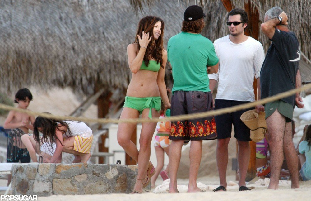 Kate Beckinsale, Len Wiseman, and her daughter, Lily, visited Cabo in April 2005.