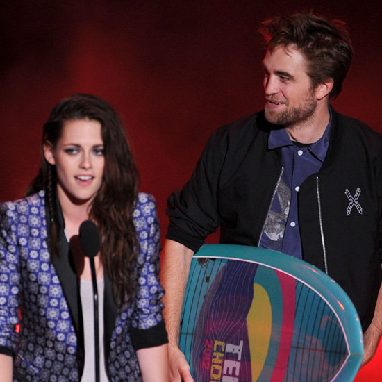 Kristen Stewart and Robert Pattison Video at 2012 Teen Choice Awards