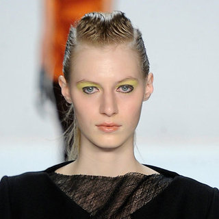 How to Wear Yellow Eye Shadow