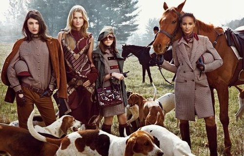 Tweed, herringbone, and tartans based in deep earthy tones transport us to the English countryside in Tommy Hilfiger's latest set of ads.