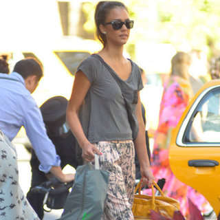 Jessica Alba Wearing Cropped Printed Pants