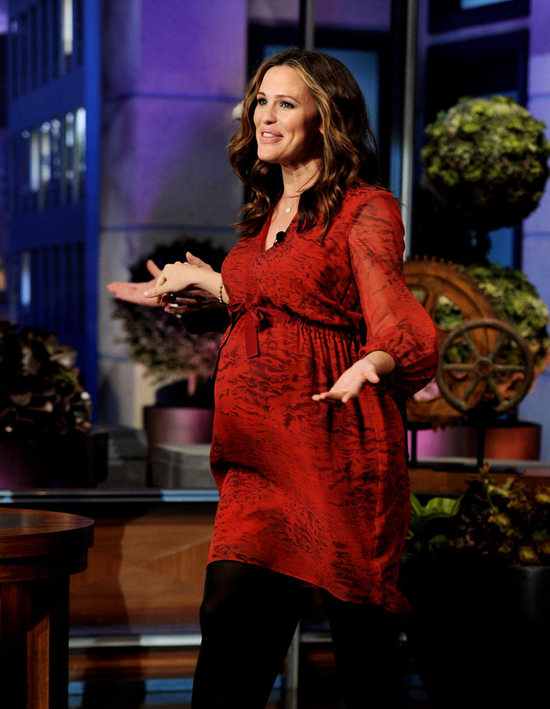 Jennifer Garner's Third-Trimester Red Look