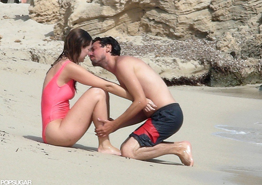 Mischa Barton Wears a Hot-Pink Swimsuit For PDA and Sun