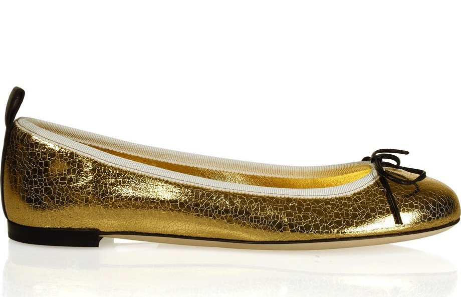 It's all about the subtle cracked-leather detail — sweet, shiny, and just a little rough around the edges. Gucci Metallic Cracked-Leather Ballet Flats ($435)