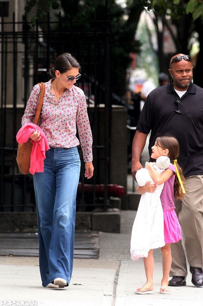 Katie Holmes and Suri Cruise got bagels.