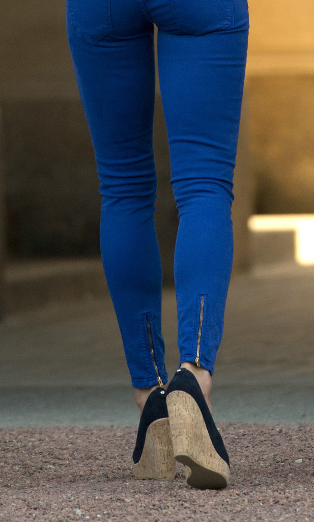 We love the slick zipper detail on the back of Kate's cobalt-blue Zara jeans.