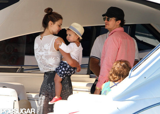 Miranda Kerr and Orlando Bloom boarded a yacht with Flynn.