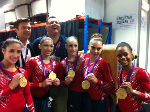Ryan Seacrest ran into the US gymnastics team after the gold medal win.  Source: Twitter user ryanseacrest