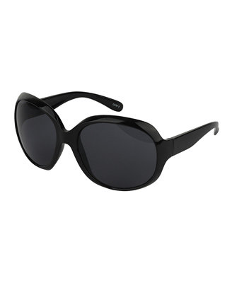 These round-frame sunglasses will come in especially handy after those long nights spent studying. Forever 21 Round Sunglasses ($4)
