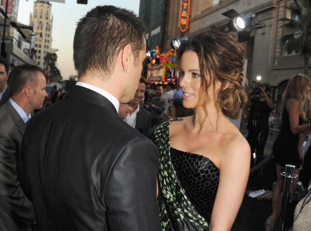 Kate Beckinsale greeted Colin Farrell at the Total Recall premiere in LA.