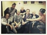 Jimmy Fallon hung out backstage with No Doubt. Source: Twitter user TonyKanal