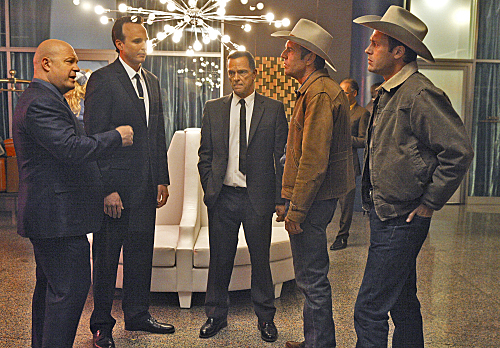 Michael Chiklis stars with Dennis Quaid and Jason O'Mara in Vegas.