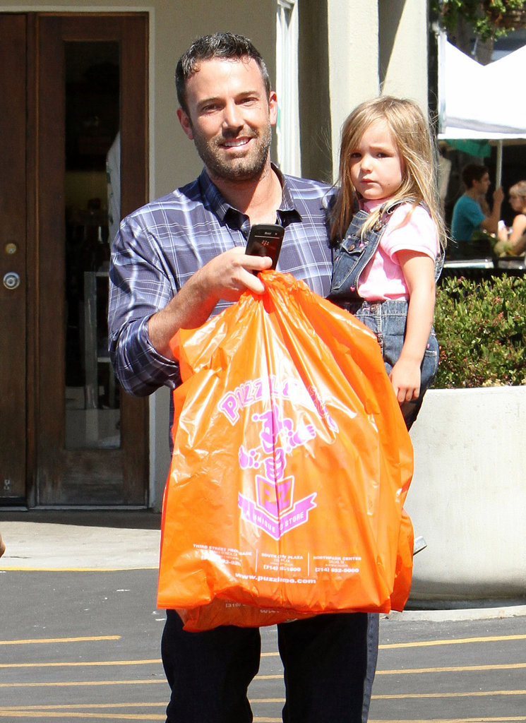 Ben Affleck Takes Vi and Sera on a Farmers Market Run