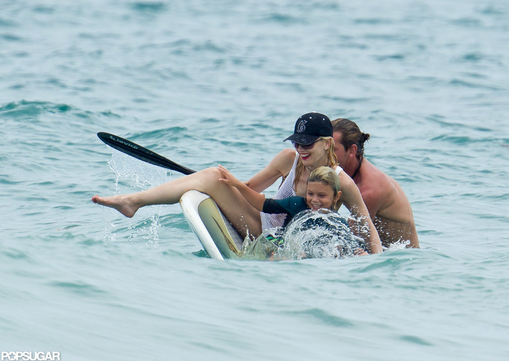 Gwen Stefani, Gavin Rossdale and their son tried to hang on as they fell off the paddle board.