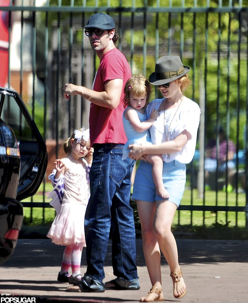 Sacha Baron Cohen and Isla Fisher spent Sunday with Olive Cohen and Elula Cohen.