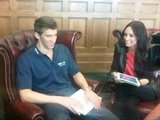 Catt Sadler chatted with Michael Phelps.  Source: Twitter user IAmCattSadler