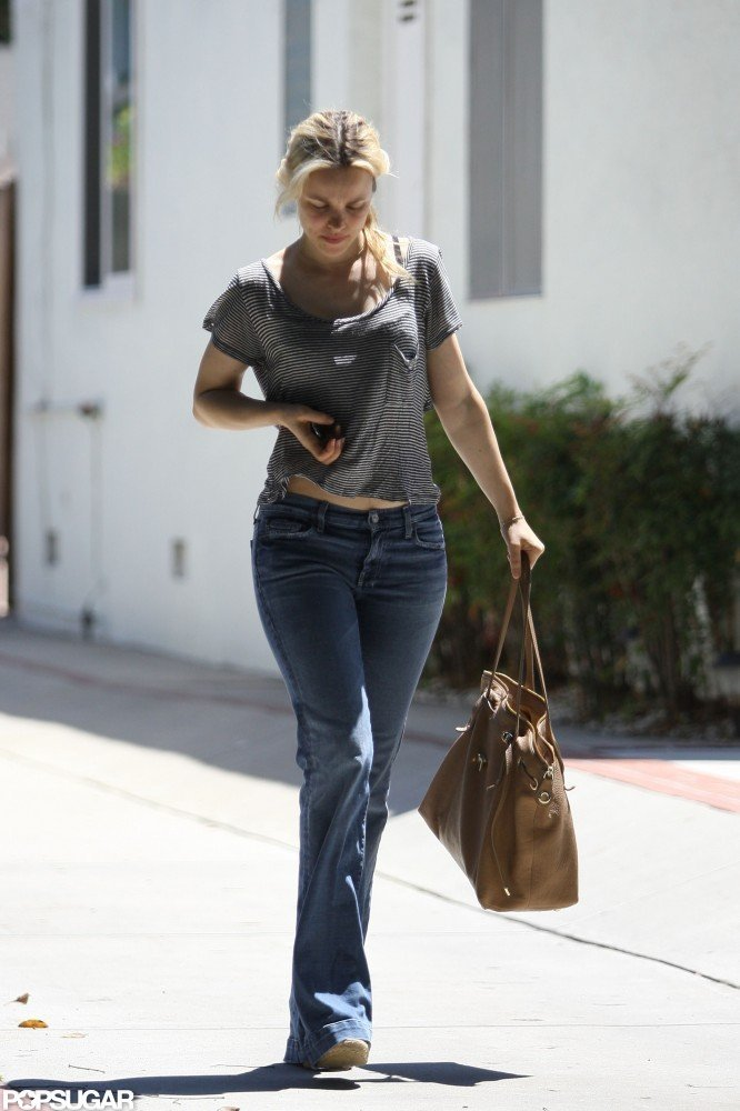 Rachel McAdams headed to her car in LA.