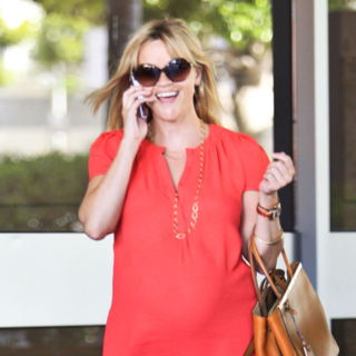 See Reese Witherspoon's Chic Pregnancy Style: Celebrity Maternity Looks to Inspire