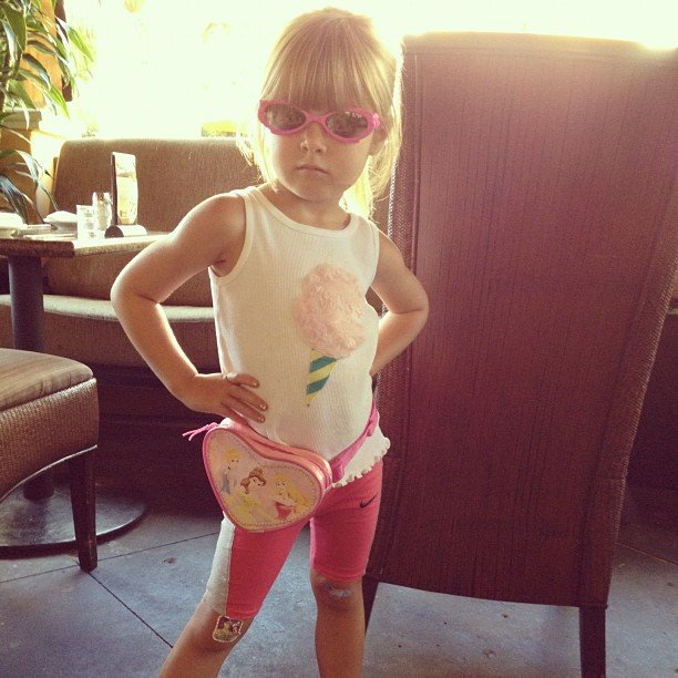 Stella McDermott is trying to bring back the fanny pack in her latest modeling pose. Source: Instagram user torianddean
