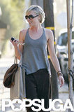 Portia de Rossi left the hair salon.