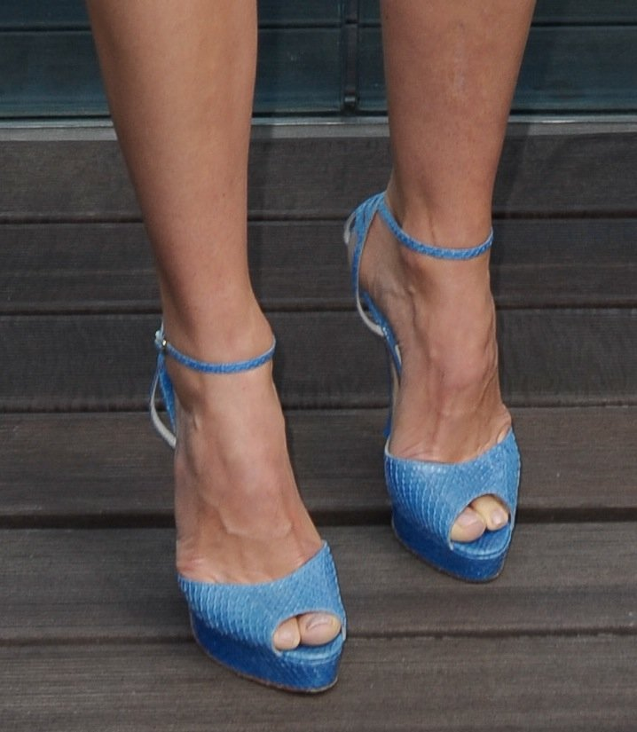 Jessica's reptilian-print, ankle-strap Brian Atwood sandals were equal parts ladylike and sexy.