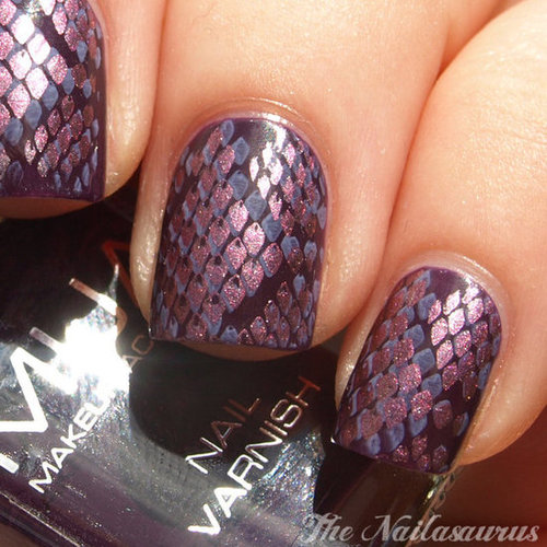 Snakeskin Nails Anyone?