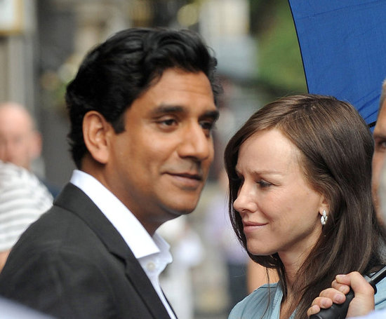 Naomi Watts and Naveen Andrews.