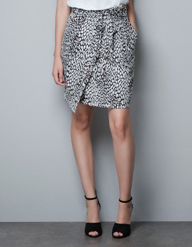 Get wrapped up — sorry, we had to — with this chic Zara skirt. Zara Printed Skirt ($50)