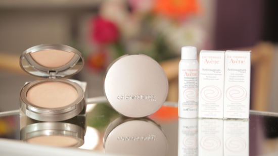 Treat Your Skin With This Colorescience Pressed Mineral Foundation!