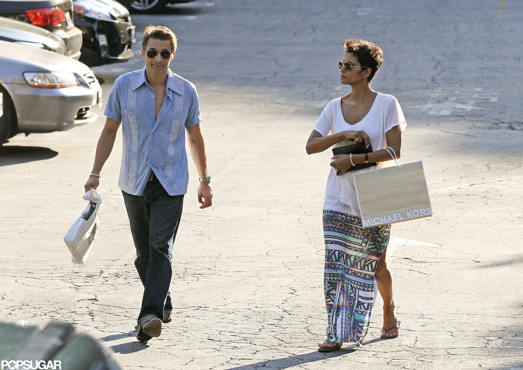 Halle Berry and Olivier Martinez went shopping together in LA.