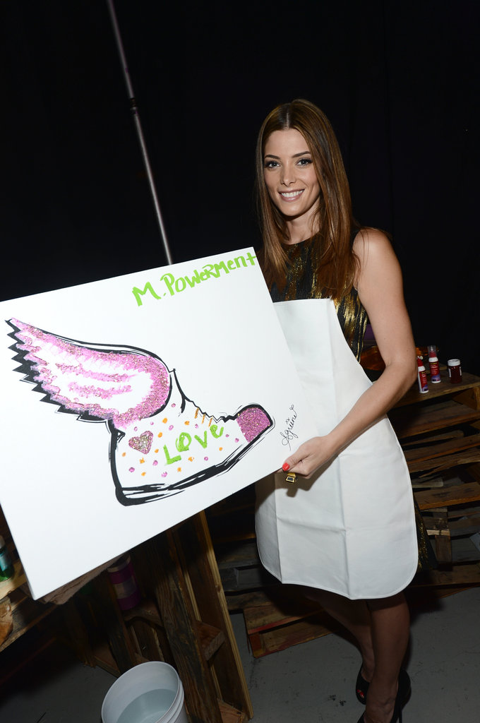 Ashley Greene showed off her artwork at the Do Something Awards.