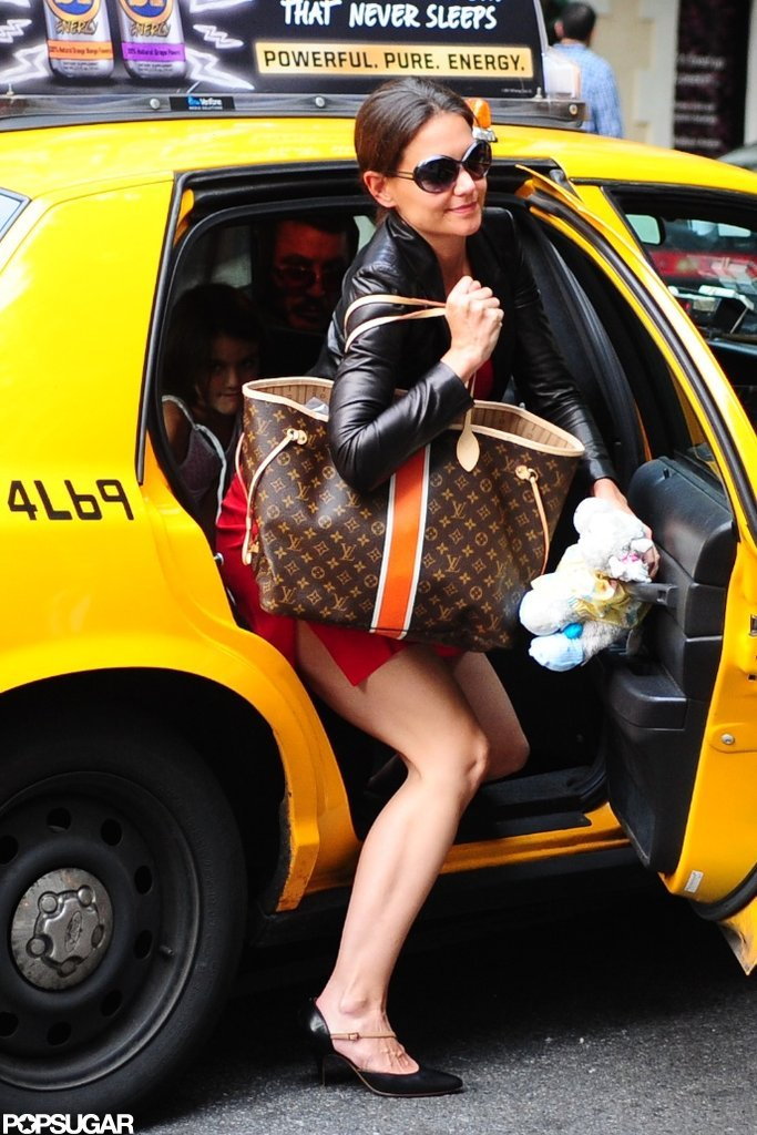 Katie Holmes carried a large Louis Vuitton bag in NYC.