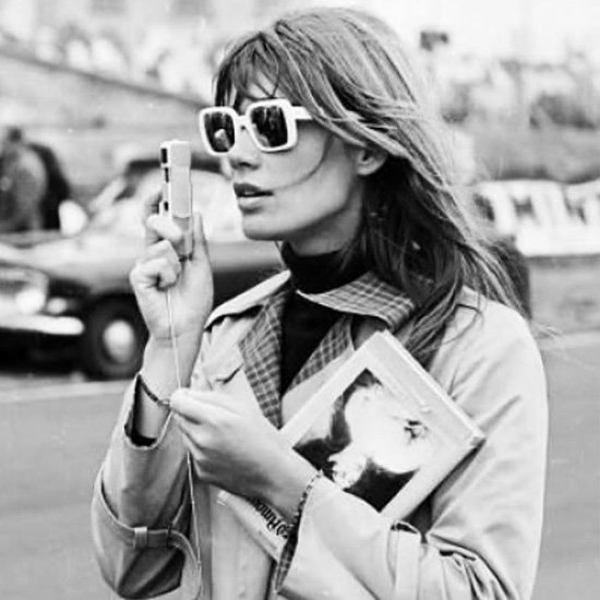 31 Iconic Starlets Guaranteed to Inspire Your Classic Fall Style