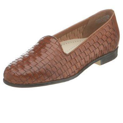 Don't be fooled — this woven texture will look as chic in Autumn with a pair of white skinnies and a soft cashmere sweater as it will right now with your favorite floral-print sundress.  Trotters Women's Liz Loafer ($55-$57, originally $79)