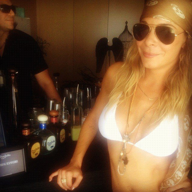 In August 2012, LeAnn Rimes wore a white bikini for early 30th birthday celebrations. Source: Twitter user LeAnn Rimes