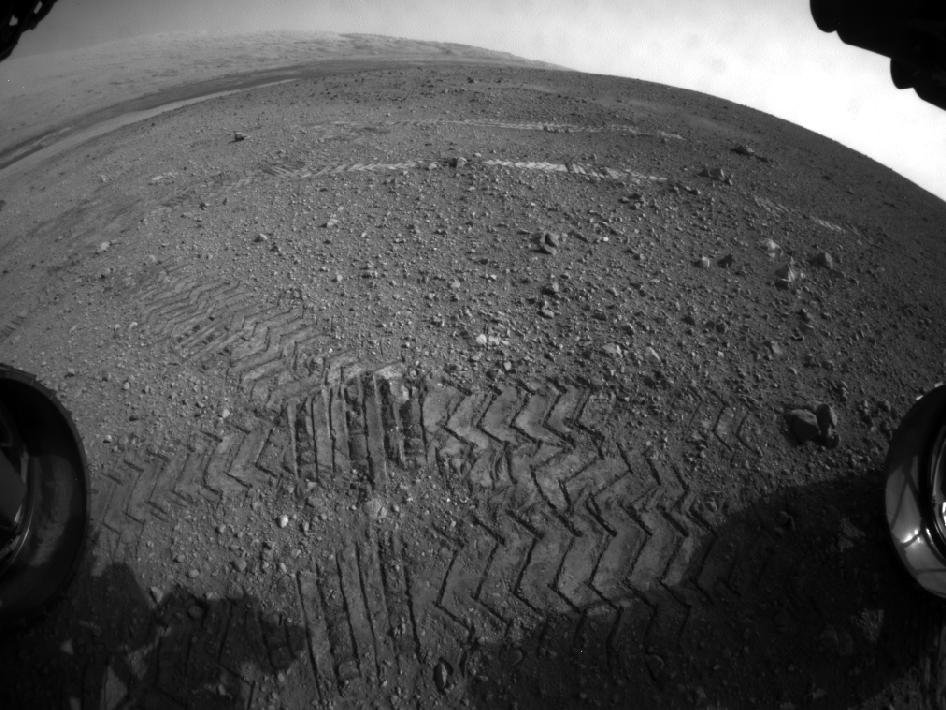Tracks from the Curiosity rover. Source: NASA