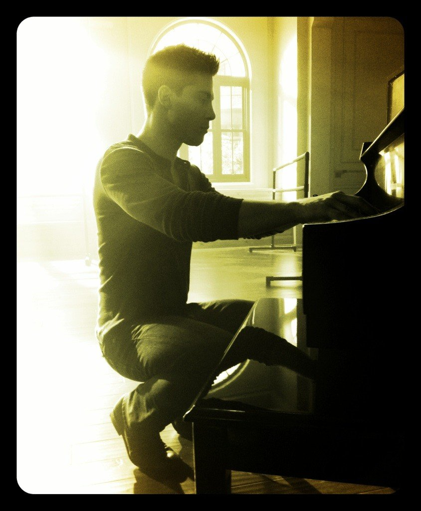 Ryan Murphy shared this light-saturated photo of Glee's new cast member Dean Geyer. Source: Twitter user MrRPMurphy