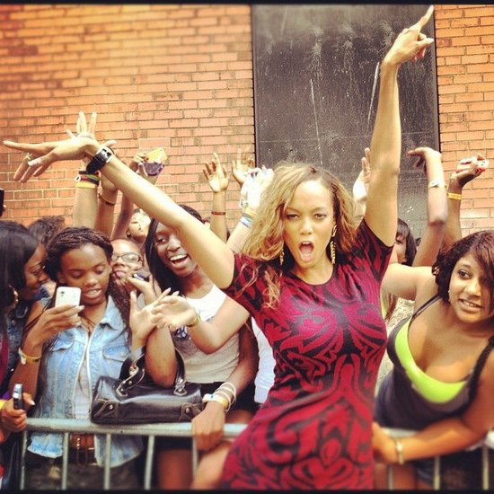 Tyra Banks struck a pose with fans. Source: Instagram user tyrabanks