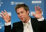 Brad Pitt got handsy at a 2006 press conference for Babel.