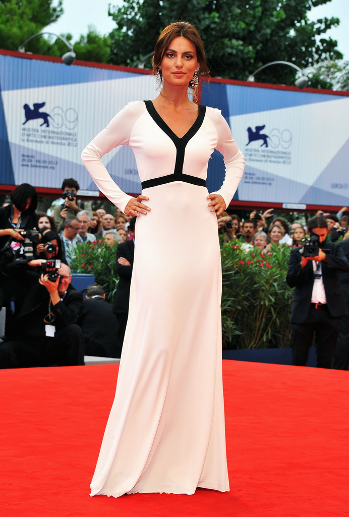 Catrinel goes mod in a floor-length black and white gown.